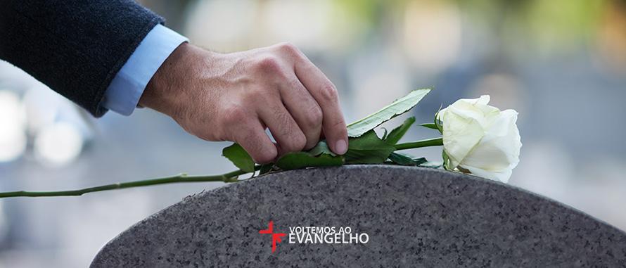 5-coisas-que-voce-nunca-deveria-dizer-em-um-funeral