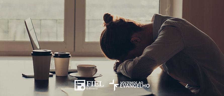 cansada-deus-provera-os-recursos-diarios