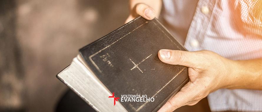 porque-pastores-devem-pregar-livros-inteiros-da-biblia
