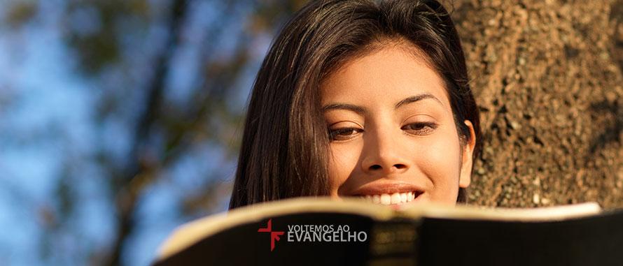 5-beneficios-que-a-palavra-de-Deus-produz-em-sua-vida